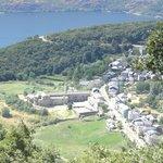 San Martin y el lago al fonfo