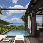 Hillside Pool Suite