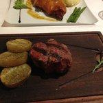 Char-grilled steak with potatoes with a Sitges seasoning