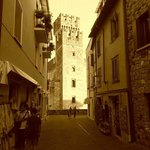 Sirmione - Tower from a small alley