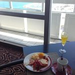 tower lounge breakfast (north view)