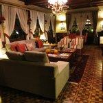 Lobby/lounge area