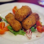 Croquettes with black truffle