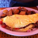 omelet with home fries