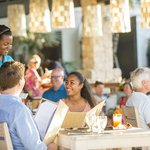 Lunch with Caribbean flair at the Pavilion.