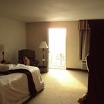 Room 211, king bed with balcony and jacuzzi