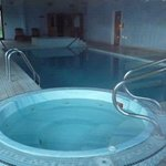 Fitness centre pool/jacuzzi
