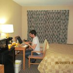 Photo de Comfort Inn Toronto Airport Hotel West