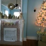 Southard parlor with fireplace