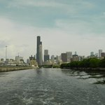 A view of the Chicago skyline from the back of a watertaxi