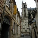 Le Prieure is amazingly close to the cathedral