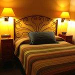 Room #14/Queen Bed