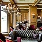 Relaxed, Luxurious Atmosphere