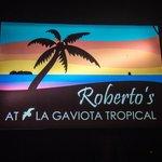 Roberto's beach sign