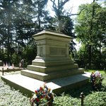 RBH family burial site