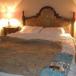 king bed in room 17