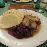 Meat and cabbage in U Labuti