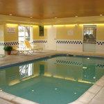 Indoor Heated Pool & Whirpool