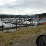 The nifty marina hosts a yacht club and is popular with local boaters for drop-ins.