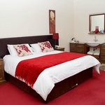 Comfortable bed and high quality bedding