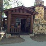 Rim Side Cabin
