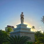 Beautiful statues everywhere ...