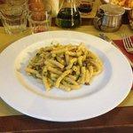 Maccheroni con pancetta tostata e broccoletti