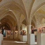Le réfectoire gothique aujourd'hui salle d'exposition