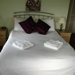 Lovely comfy bed with nice bed linen too