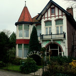 Het vooraanzicht van Hotelvilla Imhof