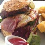 Giant NewYork Burger