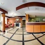 Main Entrance/Lobby