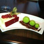 Raspberry marscarpone torte