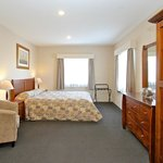2 Bedroom Executive - Master Bedroom