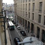 Вид из окна на площадь у СенЛазар