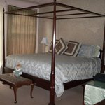 Desdemona Room at Gateways Inn, Lenox, MA