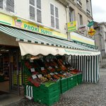 The shop in vic sur-aisne, best prices for food supplies!