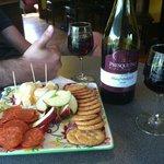 Foto de Presque Isle Wine Cellars