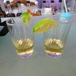 Drinks e tequilas a qualquer hora.