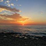 旁邊海灘區日出