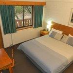Bedroom of two bedroom Snow Gum Room