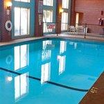 Fairview Inn -Suites Jonesboro ARPool