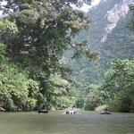 Tubing op de junglerivier