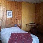 La chambre, pas du tout celle sur la photo