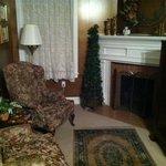The bedroom suite sitting room