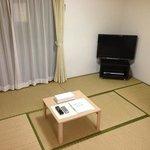 202号室の和室にはテレビがありました。無料で観られました。