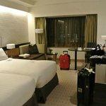 ロイヤルパークホテル 部屋1