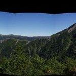 塩見小屋から見る仙塩尾根と塩見岳