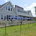 Фотография The Schooner Restaurant & Lounge