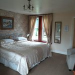 Pitreavie Guest House Room 4